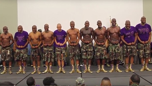 Alabama Ques Watch How The Omegas Crossed Their Latest